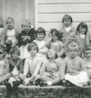 1961 gathered the children of Hillmorton for a class photo